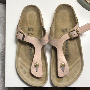 Birkenstock Gizeh sandals. Size 37.